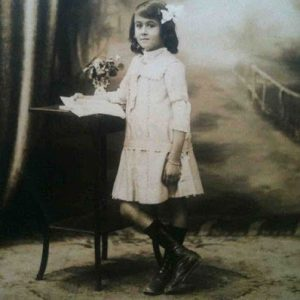 10 апреля-день рождения Беллы Ахмадулиной